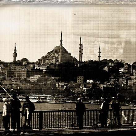 Istanbul_fishing - OLYMPUS DIGITAL CAMERA