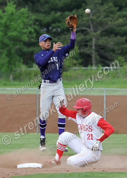 10_BSB_MVille_CP_DSC_3776 - Merrillville vs. Crown Point - 5/17/16