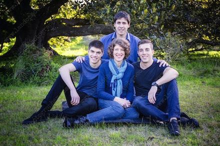 Internet 808 Prior Family- 22 August 2014 - Centennial Park - Family Portrait - professional family photography sydney