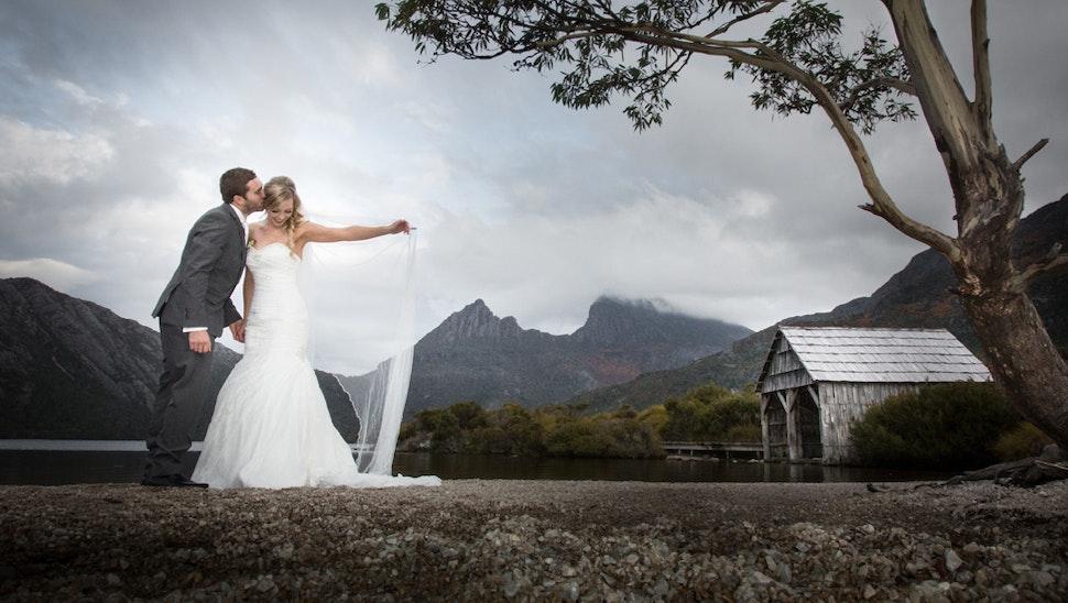 Wayne Enright Photographer - wedding photographer launceston devonport burnie hobart