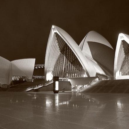 Sydney Trip_070410_0299 sepia (Panoramic)