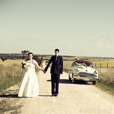 102 Rural wedding views - Dirt roads, rolling fields, windmills - a great setting for wedding photos.